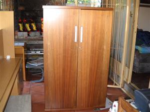 Sturdy stationary cupboard