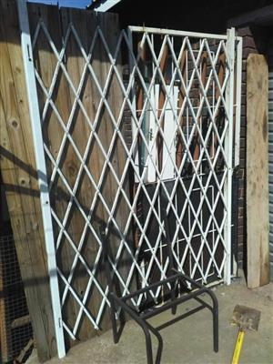 Very long security gate for sale