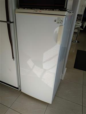 Fridgemaster Freezer only 220L