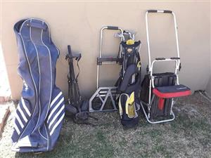 Golf bags and carriers
