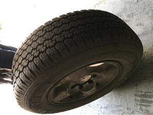 Bridgestone 245/70/16 h/t tyre