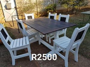 6 Seater white patio set for sale