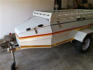 Venter voyeger 7 feet trailer with steel roof rack