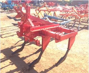 S3135 Red U Make 5 Tine Ripper / 5 Tand Ripper Pre-Owned Implement
