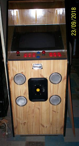 Multi Arcade Game with 644 arcade games in 1 cabinet