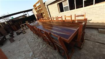 20 Seated conference table