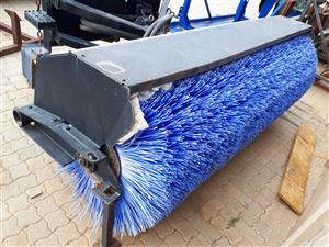 CAT skidsteer broom/sweeper