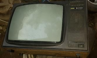 5 x Old television sets