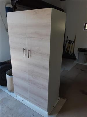 Melamine Cupboard/Wardrobe