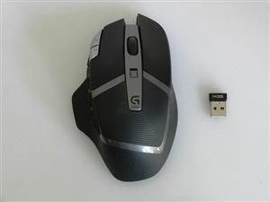 Logitech G602 Lag-free Wireless Gaming Mouse LIKE NEW