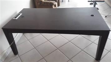 Diningroom or office table