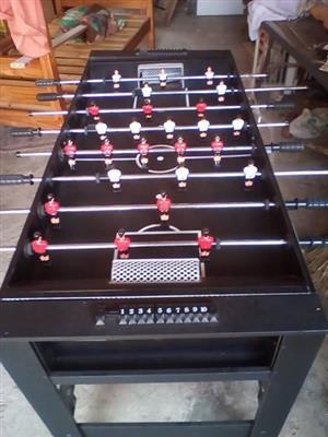 Pool/soccer Table