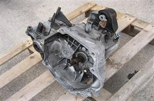 2.0 Chrysler neon Gearbox