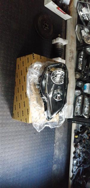 Polo vivo headlamp for sale