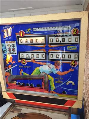 """300"" Gottlieb Pinball Machine for sale"