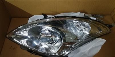 2017 Suzuki Swift 1.2GL headlight pasenger side