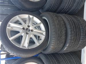 Renault mag rims and tyres 215.45ZR17