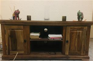 Antique style plasma stand/book shelf. Mint condition, R3900. Bought for R6000 from Mr Price