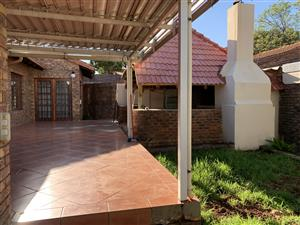 Stunning 5 bedroom , 3 bathroom home within 850m from Menlyn Shopping Mall.