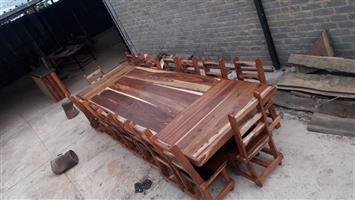 16 seater diningroom suite 4.2×1.3