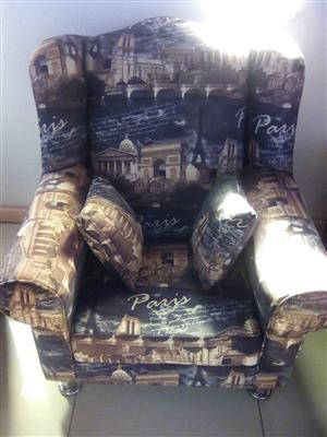 1 SITTER WINGBACK CHAIR