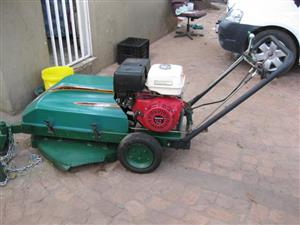 Kudu lawn mower, self propelled with 35GX Honda 4-stroke engine.