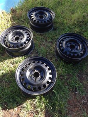 Mercedes-Benz W124/ W201/ W202 15inch steel wheels