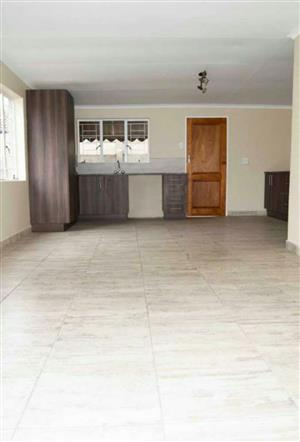 Renting out my house in Waverley for R6000pm