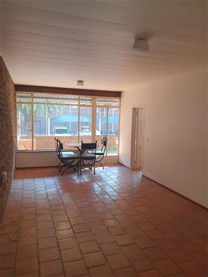 Flat to Rent in Waverley