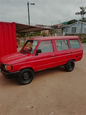 1999 Toyota Venture