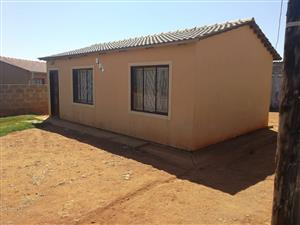 Beautiful 2 Bedroom house for SALE in Orange Farm Ext9 - CASH BUYERS ONLY