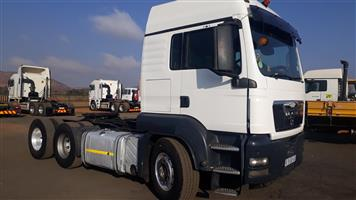 Man 26-440 D/D  truck with Hydraulics,Truck comes out of a fleet,Well maintained,Truck will come with oil and filter service,Rwc,Call Gary from Kagima truck sales,0614991715