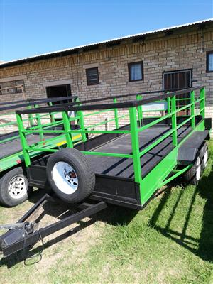 4 Metter Trailer for Hire
