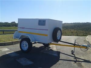 Single axle 2 berth dog trailer for sale
