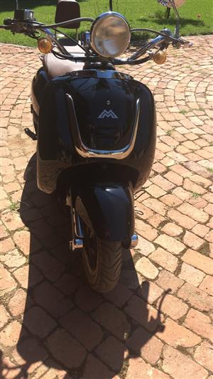 MotoMia Scooter. 2015 model Milano. Excellent Condition.