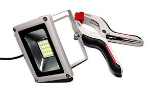 20W 12V LED FLOOD LIGHT WITH CLAMPS