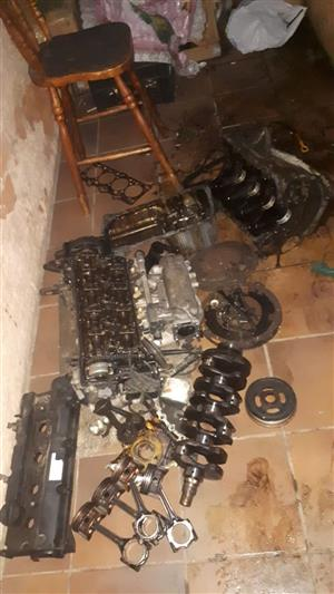 Hyundai Tucson  or kia sportage 2L G4GC engine parts for sale