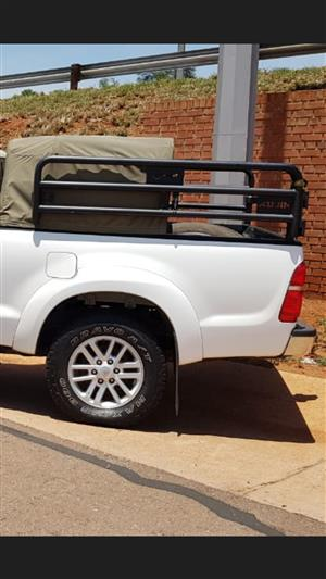 Cattle frame for Hilux single cab