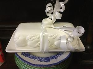 Large white pretty butter dish, small rim chip as is R60