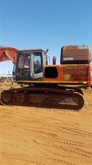 Selling a Hitachi Zaxis 400 excavator for spares