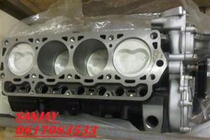BRAND NEW TOYOTA HI-ACE / CONDOR / HI-LUX 2200 HALF ENGINES - 4Y