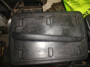 E46 REAR BUMPER RIGHT TRIM