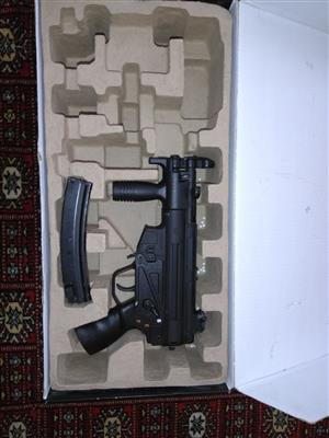 Airsoft gun classic army MP5k