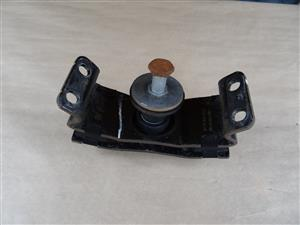 GEARBOX MOUNTING – VW AMAROK