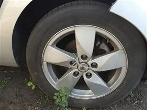 "Renault Megane 16"" Rims"