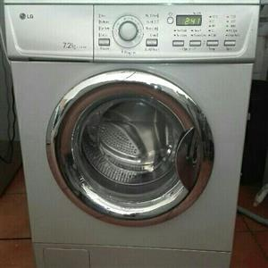 7,2kgs Silver LG front loader washing machine
