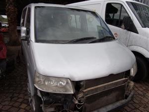 VW Kombi T5 2.5 TDI 2008 Stripping for Spares