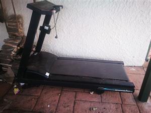 SportsArt 6100E Treadmill
