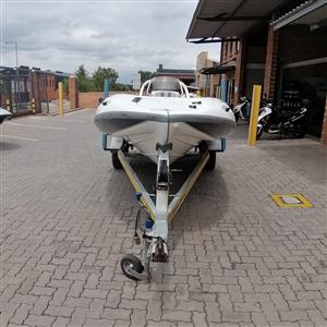 2005 BOAT STEALTH 430