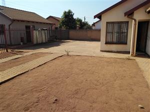 HOUSE FOR SALE SOSHANGUVE V V R470 000.00